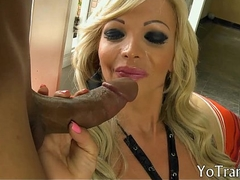 Staggering mature tranny asshole screwed by hard man physically