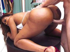 Bootylicious Ebony Moriah Mills getting doggystyled