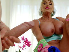 Mature babe Sally D'Angelo desires to play with Jordi's hard cock