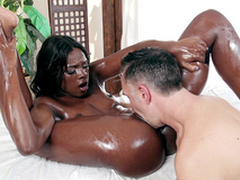 Ana Foxxx drenched in oil gets her wet slit tongued