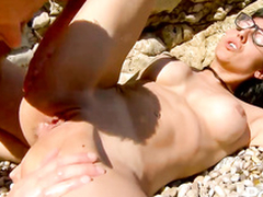 Hot dude fucks tight dirty ass hole o hammer away beach