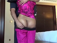 Shagging an Indian Aunty #2 - HornySlutCams.com