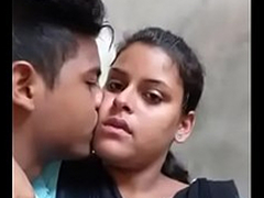 Desi college paramours hot kiss