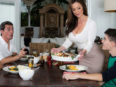 Sexy MILF Kendra Lust And Jordi El Niño – Kendra's Thanksgiving Stuffing