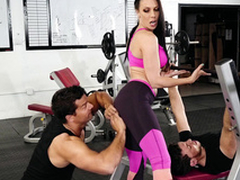 Gym visitor touches Rachel Starr's ass indicating XXX amusement