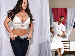 Gorgeous Angela White doesn't spice home cause XXX massage waits