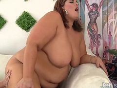 Huge Honey Blows a Guy and Gets Her Fat Pussy Fucked